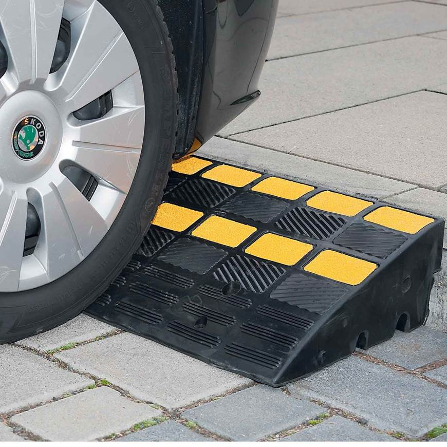Picture of Traffic Line Kerb Ramp